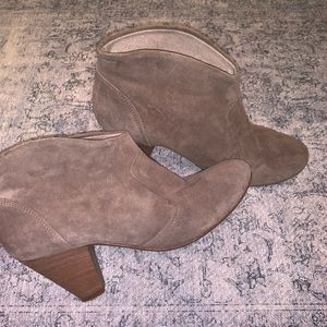 Steve Madden Suede/Leather Booties